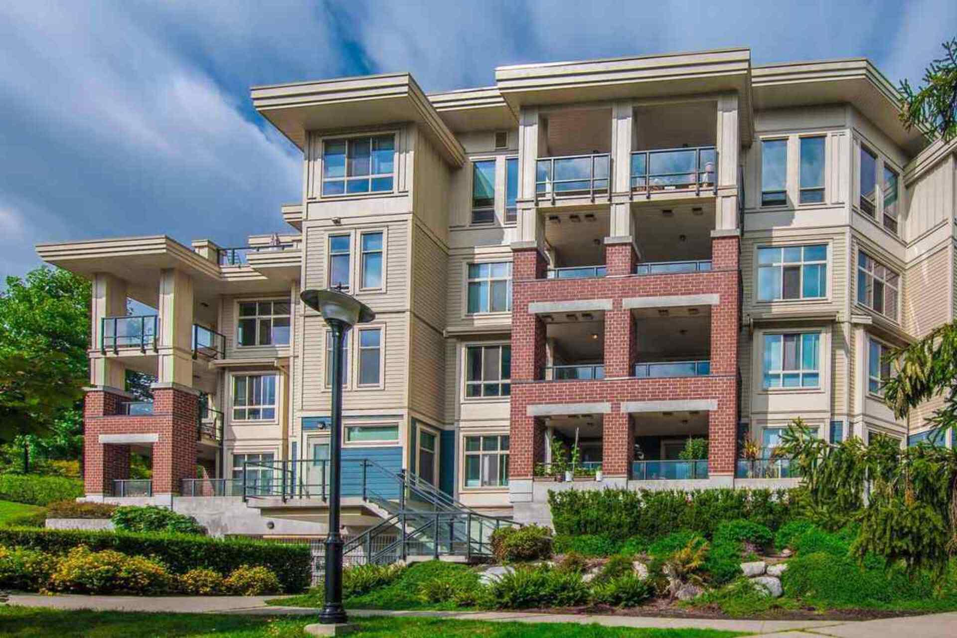 208 - 245 Ross Drive, Fraserview NW, New Westminster